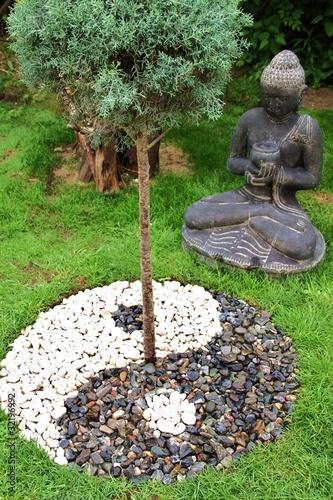 Yin yang von mike fotografie lizenzfreies foto 32196992 for Jardin yin yang
