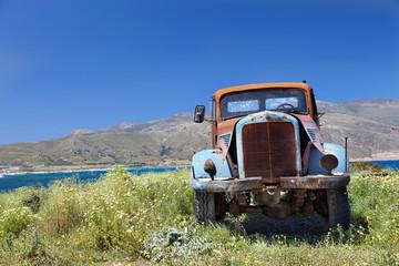 Paisaje con camión