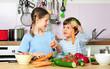 Fleissige Helfer in der Küche