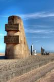 Sculpture et Monument Signal à Omaha Beach - St-Laurent-Sur-Mer poster