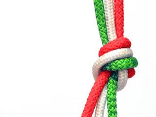 Nodo tricolore, Italia