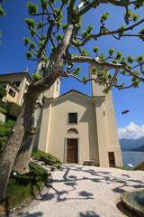 chiesa nel parco della villa del Balbianello - Lenno (Como)