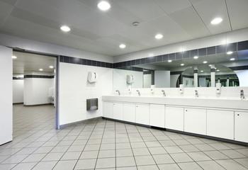 bagno pubblico, interno