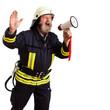 Feuerwehmann beim leiten per Megafon