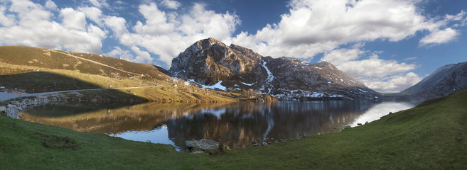 Lake Enol panoramic