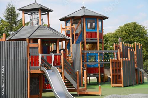 station de jeux pour enfants de mimon photo libre de droits 32370769 sur. Black Bedroom Furniture Sets. Home Design Ideas