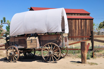 Covered wagon and barn