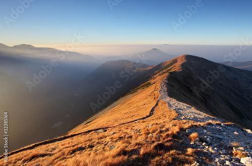 Footpath in high west Tatras - Rohace - 32385164