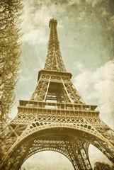 tour Eiffel effet vieille photo
