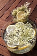 Zutaten Holundersekt\-limonade Zubereitung