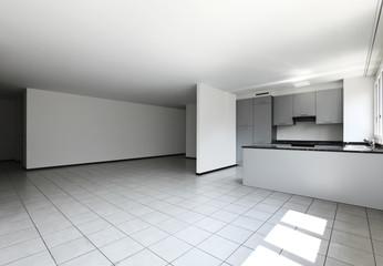 grande appartamento vuoto
