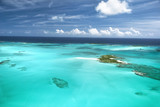 Fototapety The caribbean ocean, sandbars and islands.
