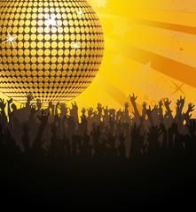 Goldene Discokugel mit Fans