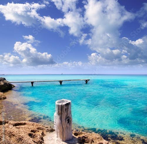 illeta wooden pier turquoise sea Formentera - 32607345