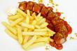 Currywurst mit Pommes frites und Mayonnaise