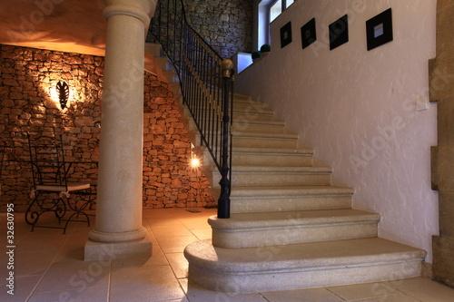 escalier luxe photo libre de droits sur la banque d 39 images image 32630795. Black Bedroom Furniture Sets. Home Design Ideas