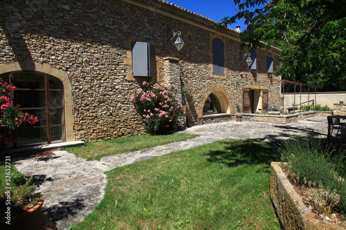 villa de pierres