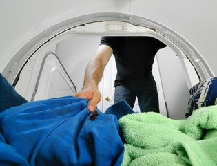 Removing Laundry from a Dryer