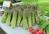 Organic Asparagus at Farmers market