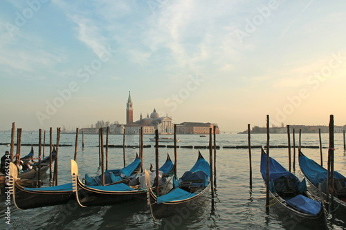 Gondoles - Venise Poster