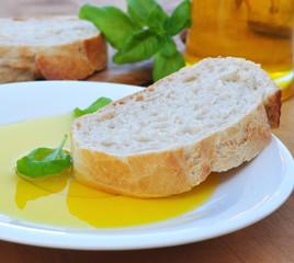 Baguette mit Olivenöl