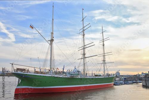 "Leinwanddruck Bild ""Rickmer Rickmers"" historic ship in Hamburg"