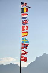 Flaggen, Fahnenmast, Länderflaggen