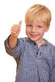 Fototapety Kleiner Junge mit Daumen hoch