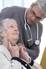 Consultation pour un mal de gorge