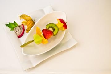 Fruchtspiess mit Dekoration