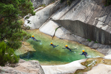 Canyoning pursuit
