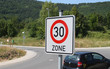 Verkehrsschild 30er Zone V