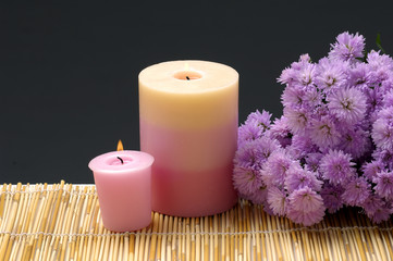 Spa set - Chrysanthemums flowers and aroma candles,