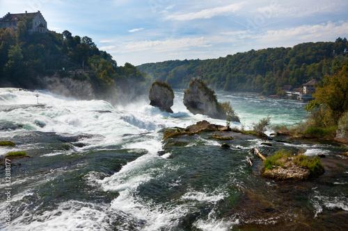 Rheinfall bei Schaffhausen. Europas größter Wasserfall.
