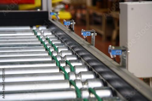 Roller conveyer with sensors - 32823156