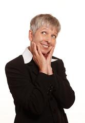Erwachsene Frau mit grauen Haaren