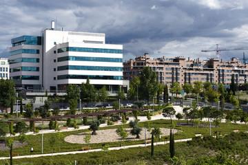 parque y edificios