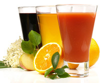 Varios zumos de fruta