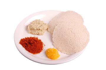 Idli with chutney, ghee and chutney powder