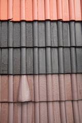 Mehrfarbige Dachziegel