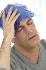 Migraine-thérapie, coussin thermique ( glacé )