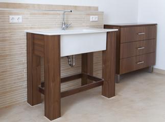 stilvolles Waschbecken im Bad