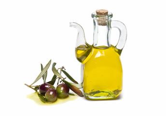 Aceite de oliva virgen extra para la ensalada.