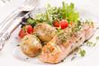 Lachssteak mit Kartoffeln