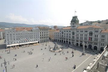 trieste, piazza unitˆ d'italia