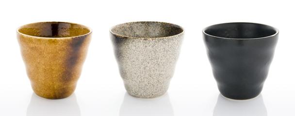 陶器製のコップ