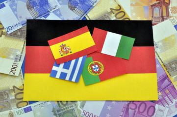 verschiedene Fahnen und Euroscheine