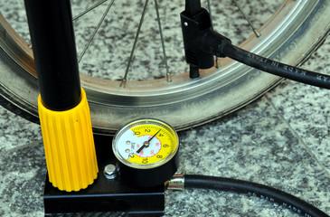 pompa per bicicletta