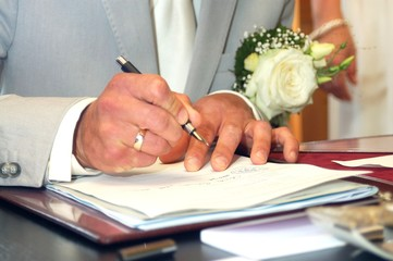 Signing Wedding contract