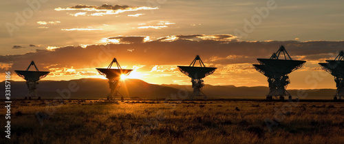 canvas print picture Very Large Array as Sunset (Satellite Dishes from Contact)